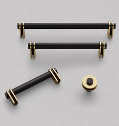 Top of interior hardware trends for every room in your house - Drawer Pulls Kitchen Cabinet Hardware, Home Hardware, Cabinet Knobs, Brass Hardware, Furniture Hardware, Kitchen Cabinets, Kitchen Doors, Bathroom Cabinetry, Furniture Handles