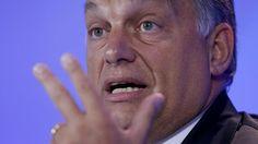 Hongaarse premier Viktor Orbán/De Europese identiteit is in gevaar door de massale toestroom van migranten naar Europa, zegt de Hongaarse premier Viktor Orbán in een interview met Die Presse. 'Moslims zijn straks in de meerderheid. Een simpele kwestie van demografie en wiskunde.'