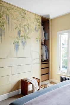 No longer constrained to plain copy-paste prints, the latest modern bedroom wallpaper ideas offer so much more than just pattern. Built In Dressing Table, Dressing Room, Built In Wardrobe, Wardrobe Ideas, Wallpaper Ideas, Bedroom Wallpaper, Georgian Homes, Step Inside, Home Decor Inspiration