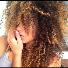Curly hair, natural curly hair, hair color
