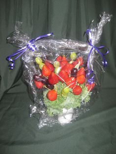 647-271-7971 Edible Gifts, Strawberry, Fruit, Food, Essen, Strawberry Fruit, Meals, Strawberries, Yemek