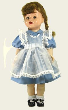 "22"" Pinafore Dress for Saucy Walker Doll 