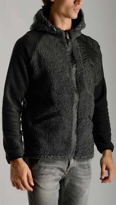 Materiale - Sherpa and pile fabric jacket