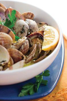 Hip, Hip Ole for the Fresh Flavors of Spain: Sautéed Clams