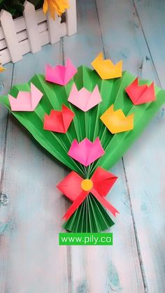 Paper Flowers Craft, Paper Crafts Origami, Paper Crafts For Kids, Origami Art, Craft Activities For Kids, Preschool Crafts, Flower Crafts Kids, Origami Flowers, Easy Halloween Crafts