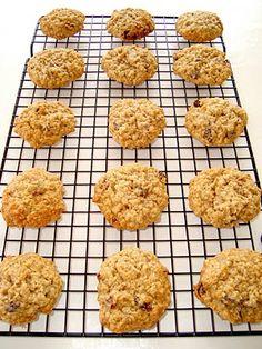 Paris Pastry: Vanishing Oatmeal Raisin Cookies