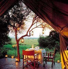 Verdant country view -- dining in the great outdoors.