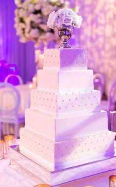 Wedding cake idea; Featured Photographer: Arden Photography
