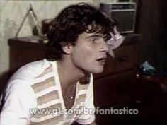 Lauro Corona e Glória Pires cantam João e Maria no Fantástico (1978) - Lindooo...
