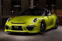 Лимонно-жёлтый Porsche 911 Targa 4 в тюнинге от TechArt