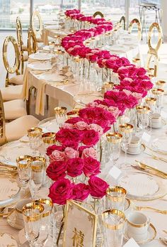 Luxury wedding decor ideas can be very different and require special attention. Wedding Reception Tables, Wedding Table Settings, Wedding Events, Church Wedding, Wedding Bride, Ceremony Decorations, Table Decorations, Centerpieces, Magical Wedding