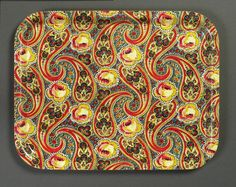 https://flic.kr/p/6jd6ea | TRAY - Original fabric 1920s | FABRIC: Unknown Designer. 1920s. Print on cotton.  A birchwood tray with a protective melamine coating.