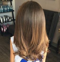 50 Cute Haircuts for Girls to Put You on Center Stage – Haircut Types Girls Haircuts With Layers, Girls Haircuts Medium, Kids Girl Haircuts, Teen Haircuts, Cute Haircuts, Haircuts For Long Hair, Little Girl Hairstyles, Bun Hairstyles, Medium Hair Cuts