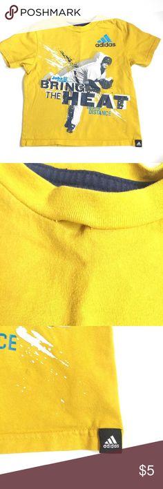 🚨editor's pick Adidas top Yellow short sleeve baseball tee loose thread ***play condition*** Adidas Shirts & Tops