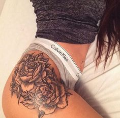 looking for the PERFECT hip/thigh tattoo. Take a look at more by checking ou. looking for the PERFECT hip/thigh tattoo. Take a look at more by checking out the picture link And Body Art Trendy Tattoos, Sexy Tattoos, Body Art Tattoos, Tatoos, Hip Tattoos Women, Female Hip Tattoos, Ladies Tattoos, Tattoos To Cover Scars, Mini Tattoos