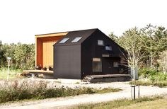 Rubber Clad House, by Netherlands Architects Cityforster