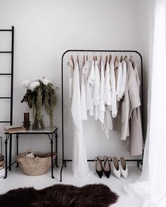 ᗰƖᔕᔕ ᗰᗩᖇƖᗩ November 25 2019 at fashion-inspo Interior Styling, Interior Decorating, Interior Design, Summer Dress Outfits, Closet Space, My Room, Boho Decor, Wardrobe Rack, Home Goods