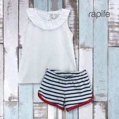 Pijama infantil de rapife para verano, prendas suaves y tradicionales en algodón.Máxima transpiración. Hecho en España. White Shorts, Women, Fashion, Toddler Pajamas, Girls Pajamas, Clothes For Girls, Spring Summer, So Done, Moda