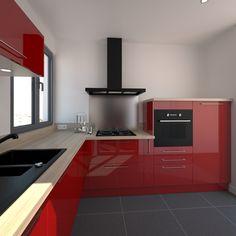 Petite cuisine rouge brillante au style moderne, implantation en L, électroménager et évier de cuisine noir, fond de hotte en inox, plan de travail décor chêne naturel, spot lumineux sous meuble haut – www.oskab.com