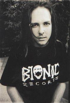 Jonathan Davis of Korn  long hair men  the darker the hair...the better.