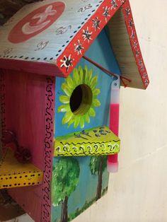 Скворечник в нашем офисе - когда то это был благородный проект оскворечить всю Москву и спасти местных птиц.