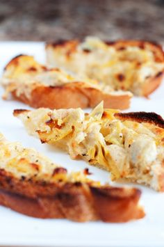 Cheesy Artichoke Bread | bsinthekitchen.com #appetizer #artichoke #bsinthekitchen