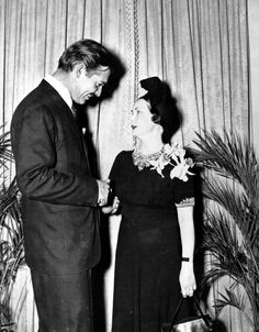 Margaret Mitchell and 'Gone With The Wind' star Clark Gable at the premier of the movie. (AJC Staff Photo) 1939
