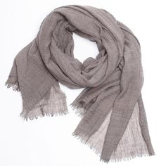 Everlane - The Essential Scarf