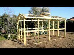 Réalisez une serre en bois ultra résistante et démontable de 10m² - YouTube