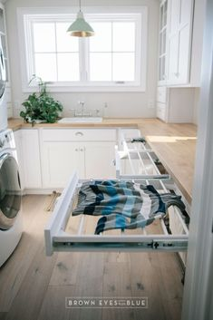Utility closet organization ideas drying racks 15 ideas - ca.- Utility closet organization ideas drying racks 15 ideas – cause.farkliolsun… -… Utility closet organization ideas drying racks 15 ideas – cause. Küchen Design, Layout Design, Design Ideas, Clever Design, Design Table, Utility Room Designs, Utility Room Ideas, Utility Closet, Drying Rack Laundry