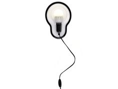 A luminária que gruda na parede Peça prática de Chirs Kabel é um hit da Droog