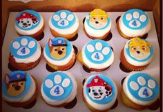 Throw an exceptional get-together for your children's birthday party with these 7 fascinating paw patrol party ideas. The thoughts must be convenient to those who become the true fans of Paw Patrol show. Bolo Do Paw Patrol, Torta Paw Patrol, Paw Patrol Cupcakes, Paw Patrol Birthday Cake, Kid Cupcakes, Paw Patrol Party, Birthday Cupcakes, Boy Birthday Parties, Birthday Fun