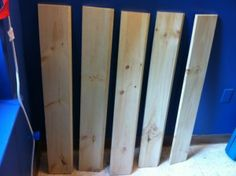 How to Stain Pine. Wood Stain. DIY Shelves. http://darlingstreet.com.au/2013/07/14/wellness-library-how-to-stain-wood/