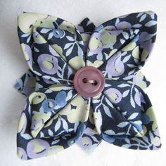 Knotted Cotton: How to make an origami Liberty fabric brooch