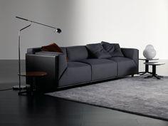 Sofá de piel curtida con funda extraíble BACON KUOIO by Meridiani diseño Andrea Parisio