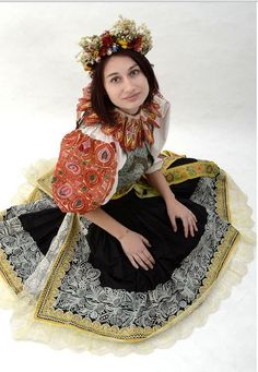 Representative folk costume of Czech town Ústí nad Labem (Western Bohemia) is actually from Slovakia. Original costumes of region were repla. Bohemian Girls, Bohemian Art, Historical Costume, Historical Clothing, European Costumes, German Folk, Folk Costume, My Heritage, Urban Outfits
