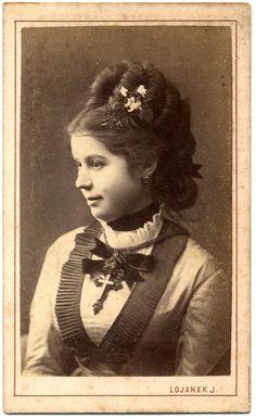 photographer: Lojanek János (1816 - 1877)