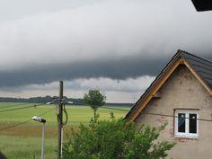 Und nochmal Unwetterwolken  31.05.2016 Neu Dessau