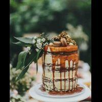 40 потрясающих свадебных тортов с подтеками