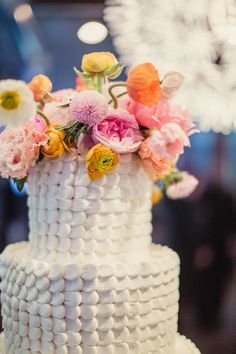 Sugar Bee Sweets - White push texture wedding cake - Fresh Flowers | Shaun Menary Photography |