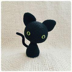Black Cat - Free Crochet / Amigurumi Pattern #crochet #amigurumi #free #ravelry