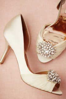 Joyau d'Orsay Heel #Weddingshoes #Bling #Glitter #Nude