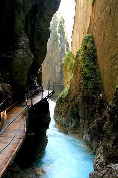 Leutaschklamm is a gorge near Germany and Austria in the Bavarian-Tyrolean…