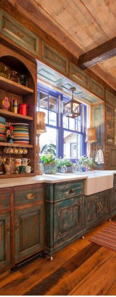 Love the white counter tops & white farmhouse sink. Open shelving is a brave venture. Don't care for the vintage-y distressed cabinets. kitchen cabinets counter tops 30 Rustic Kitchens Designed by Top Interior Designers Kitchen Design, Rustic House, Sweet Home, Country Kitchen, Distressed Cabinets, New Homes, Rustic Kitchen Design, Home Decor, Rustic Kitchen Cabinets