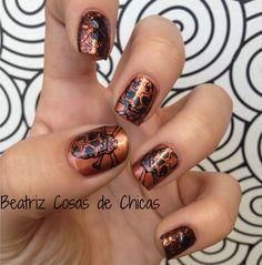 http://beatrizcosasdechicas.com/2014/11/16/reto-colores-cosas-de-chicas-vol-2-manicura-en-marron/