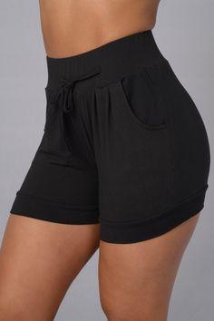 Discrete Shorts - Black