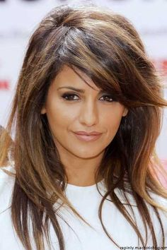 Love this highlighted brown and caramel highlights with dark hair color! Pretty…