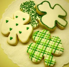 Shamrock decorated sugar cookie for St Patrick's Day