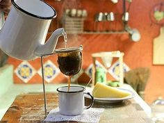 Few Delicious Coffee Recipes for You – Drinks Paradise I Love Coffee, Coffee Art, Coffee Break, Morning Coffee, Coffee Cups, Tea Cups, Coffee Maker, Milk Shakes, Cafe No Bule