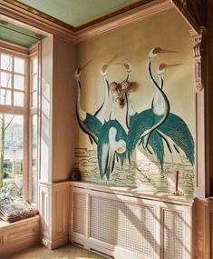 Hand Painted Wallpaper, Painting Wallpaper, Hand Painted Walls, Painted Wall Murals, Feather Wallpaper, Antique Wallpaper, Bold Wallpaper, Graphic Wallpaper, Wallpaper Decor